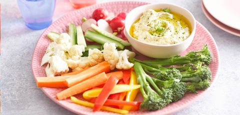 Broccoli Hummus with Crunchy Crudites